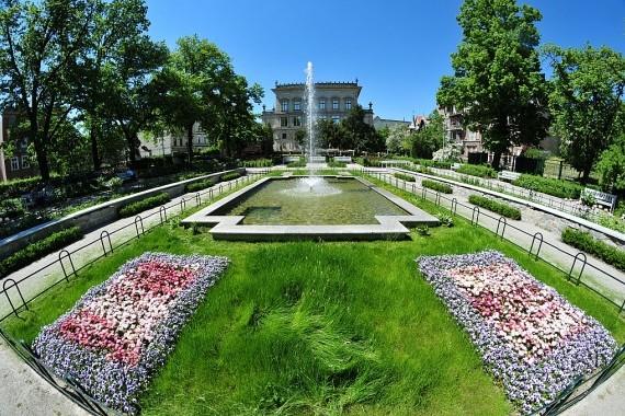 pl. 1000-lecia Państwa Polskiego - ogród różany